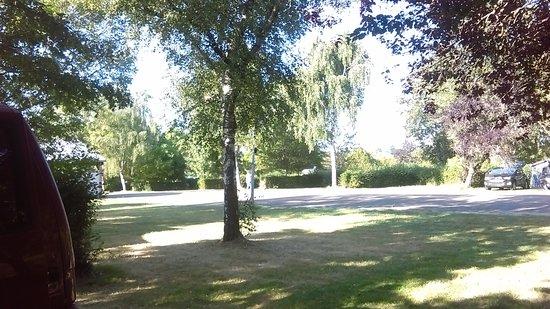 Camping de l'Etang de Fouche : General view of the site - spacious