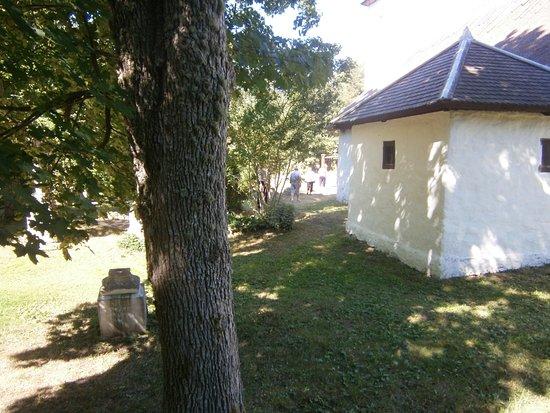 Kaina, Estland: Baksidan av kapellet.