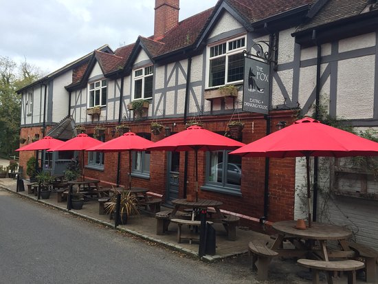 West Hoathly, UK: Tables inside or out