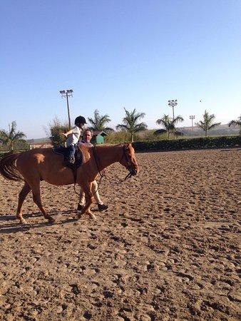 Hipica Centaurus: Um lugar bastante gostoso p/ passear com a família, tem aulas  de equitação inclusive para crian