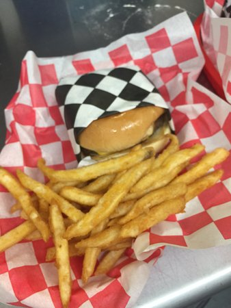 Frederick, OK: Fresh Made to Order Burgers