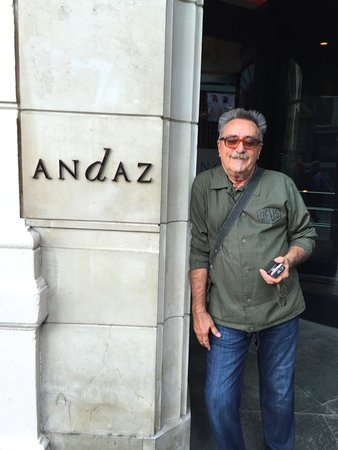 Andaz London Liverpool Street: Entrance to Andaz