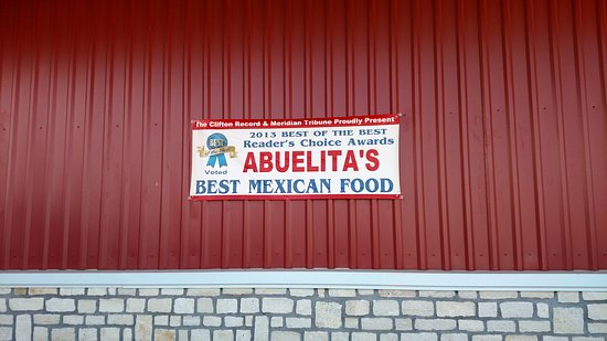 Meridian, Teksas: Abuelita's front sign