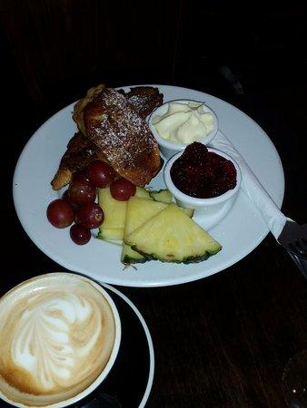 Feilding, Yeni Zelanda: French toast