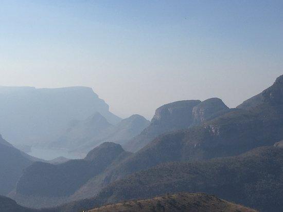 Graskop, Afrika Selatan: Hazy but impressive