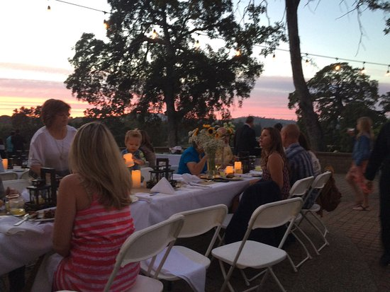 Shingle Springs, Kaliforniya: Beautiful setting for rehearsal dinner