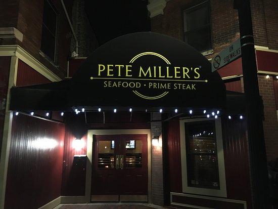 Evanston, IL: Pete Miller's Seafood & Prime Steak
