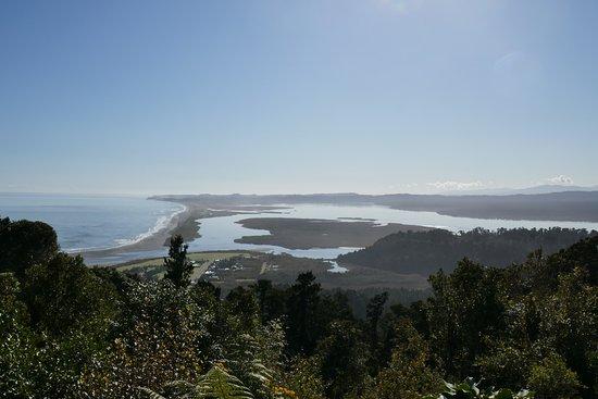 Okarito, นิวซีแลนด์: to the North