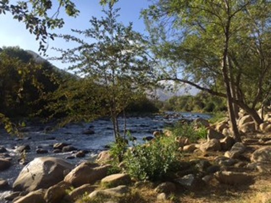 Camp James Campground: View of Kern River from our RV spot