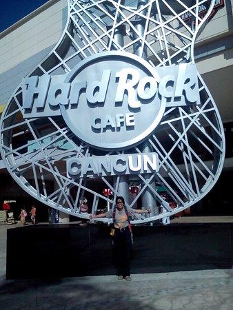 Hard Rock Cafe: Photo place! :)