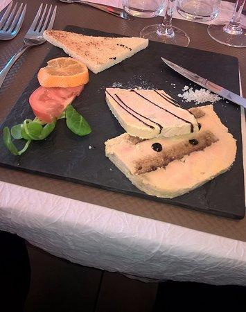 Laon, France : Foie gras