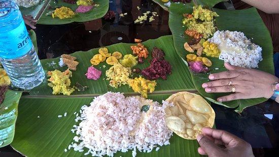 Riverine Resort : Ona Sadya (Thiruvonam day feast)