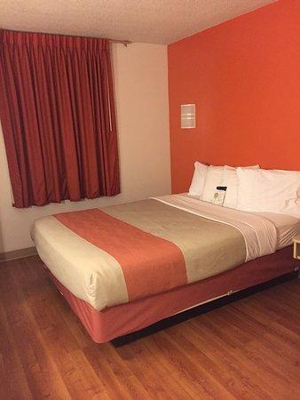Standard room,  Motel 6 Sandusky-Milan, Ohio