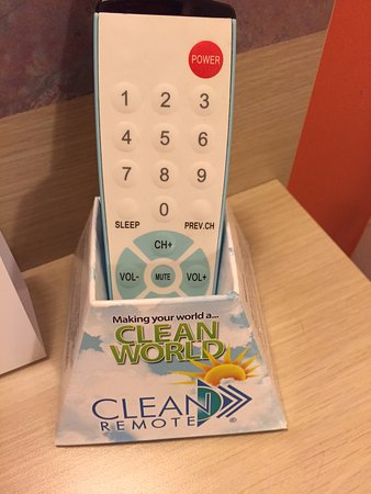 Clean World, Clean Remote, Motel 6 Sandusky-Milan, Ohio