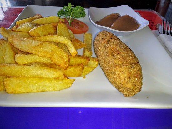 Zelfgemaakte Appelmoes Nederlandse Keuken : getlstd_property_photo – Foto van Oranje Bar, Sanur – TripAdvisor