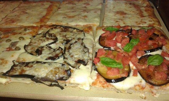 Portoscuso, Italia: Pizza classica, PINSA ROMANA e Pizza al taglio.