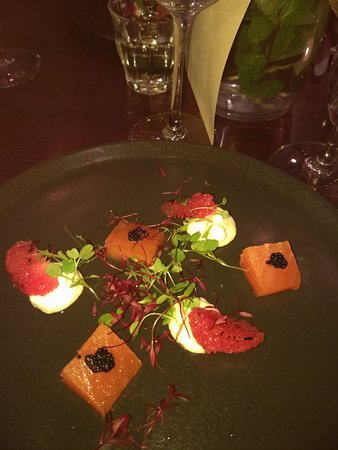 Urmston, UK: Gin Cured salmon, burned grapefruit, black caviar and whipped orange goats cheese