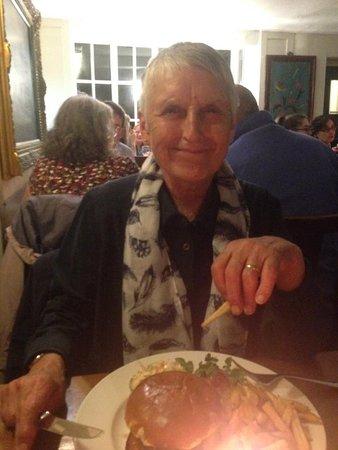 Kemerton, UK: Dinner at The Crown