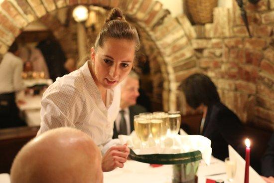 Niedernhausen, Alemanha: Netter Service, gutes Essen