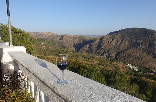 Pitres, Hiszpania: Blick vom Balkon am Abend