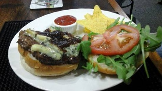 Lothersdale, UK: TRUE BLUE gourmet burger.