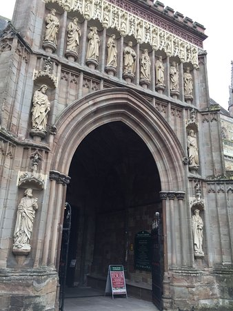 Worcester, UK: Entrance