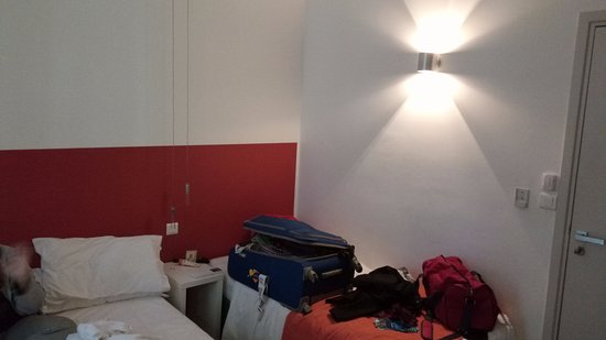 Hotel Anna Livia: We had a double bed and a single bed