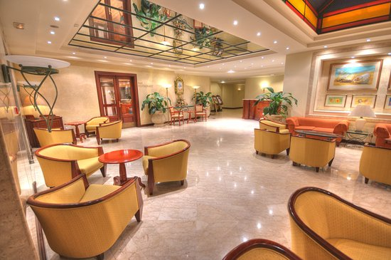 Grand Hotel Gozo: Lobby