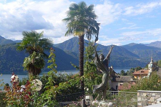 Lake Orta: durante la salita a piedi alle cappelle di san francesco