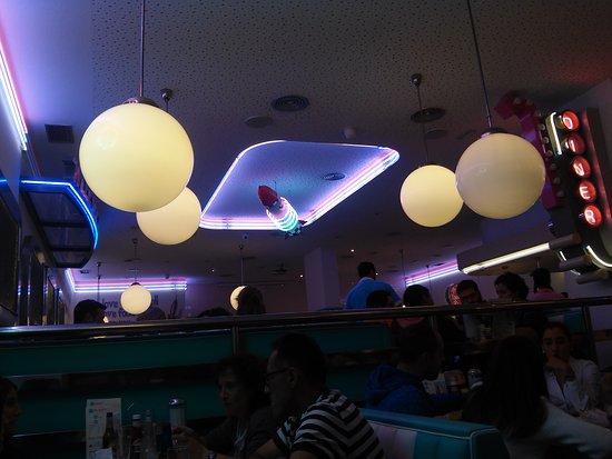 Restaurante tommy mel 39 s alcala de henares en alcal de - Cocinas en alcala de henares ...