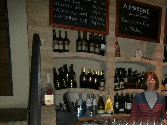 Bucchianico, Italia: Wine Tasting Room
