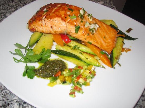 la villetta salmone e verdure
