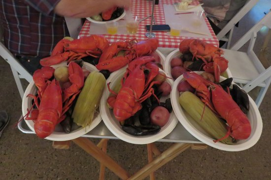 Foster's Clambakes & Catering : le plateau pour notre table!