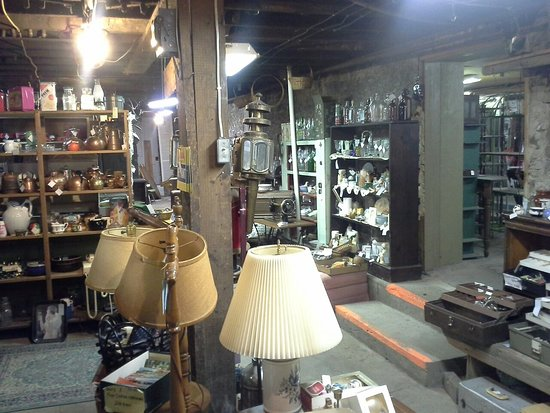 Yvonne Marie's Antique Mall