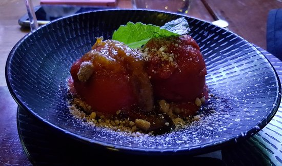 Beaumaris, Australia: Sweet: Blood Orange Sorbet with orange marmalade, meringue crumb