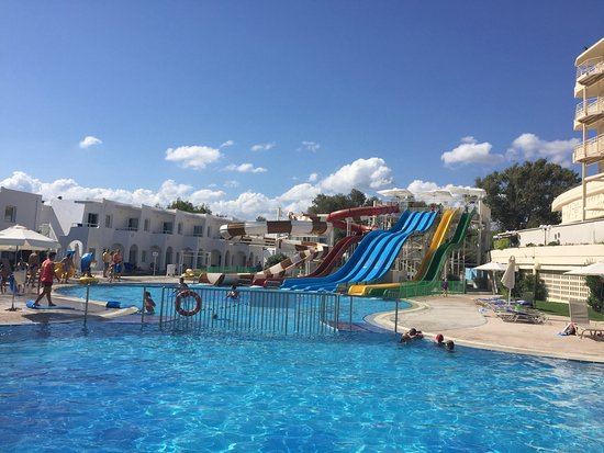 Louis Creta Princess Beach Hotel: Waterslides