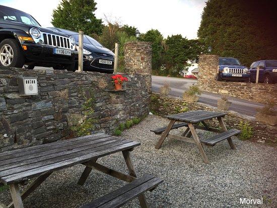 Morval, UK: Car parking is near