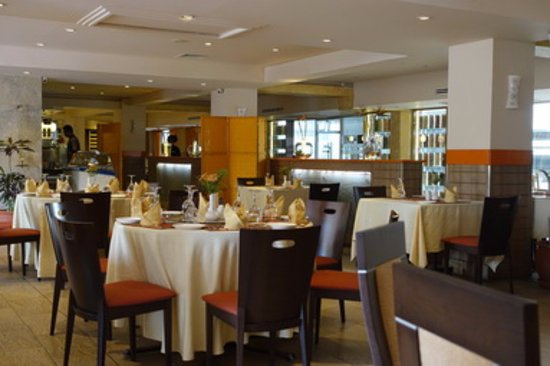 Haandi Restaurant: Inside view