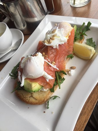 Good eggs Benedict and salmon