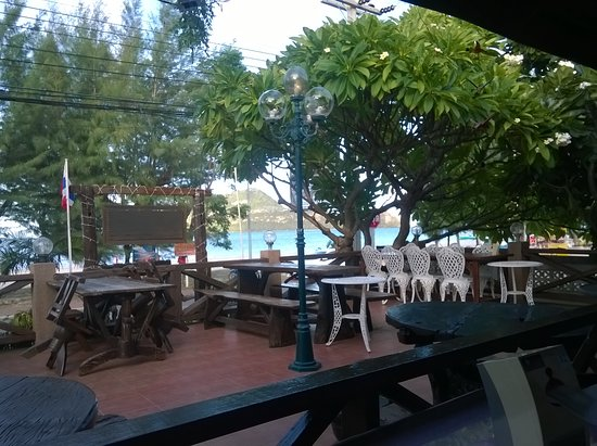 Sam Roi Yot, Tailandia: Restaurant