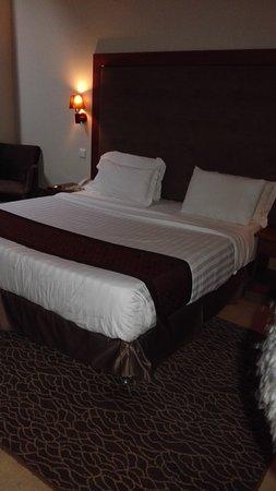 Seascape Hotel: IMG_20161015_183008_large.jpg