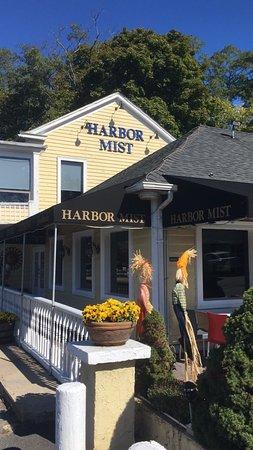Cold Spring Harbor, Νέα Υόρκη: Harbor Mist Restaurant