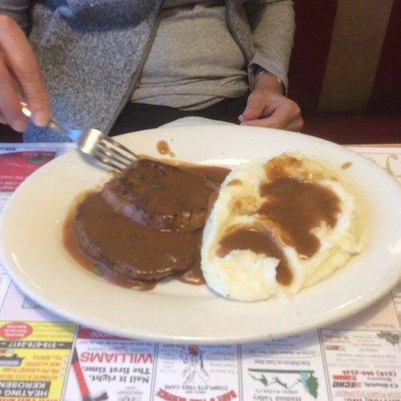 Kingston, NY: Mini meatloaf meal