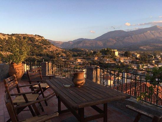Argoulias Traditional Apartments: Terrasse