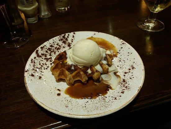 The Saracens Head: Cinnamon waffle