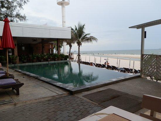 Laksasubha Hua Hin: Hotel Pool by the beach.