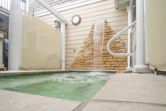 Beach Spa Bed And Breakfast Outdoor Tub