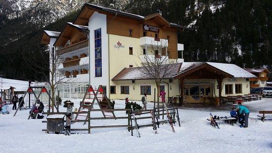 Hotel Bergkristall Restaurant: Esterno  Hotel