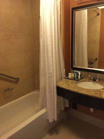 Hilton Columbus At Easton: Bathroom In Hilton Hotel Easton Columbus Ohio