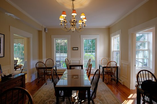 Yarmouth Port, MA: Dining Room - Liberty Hill Inn